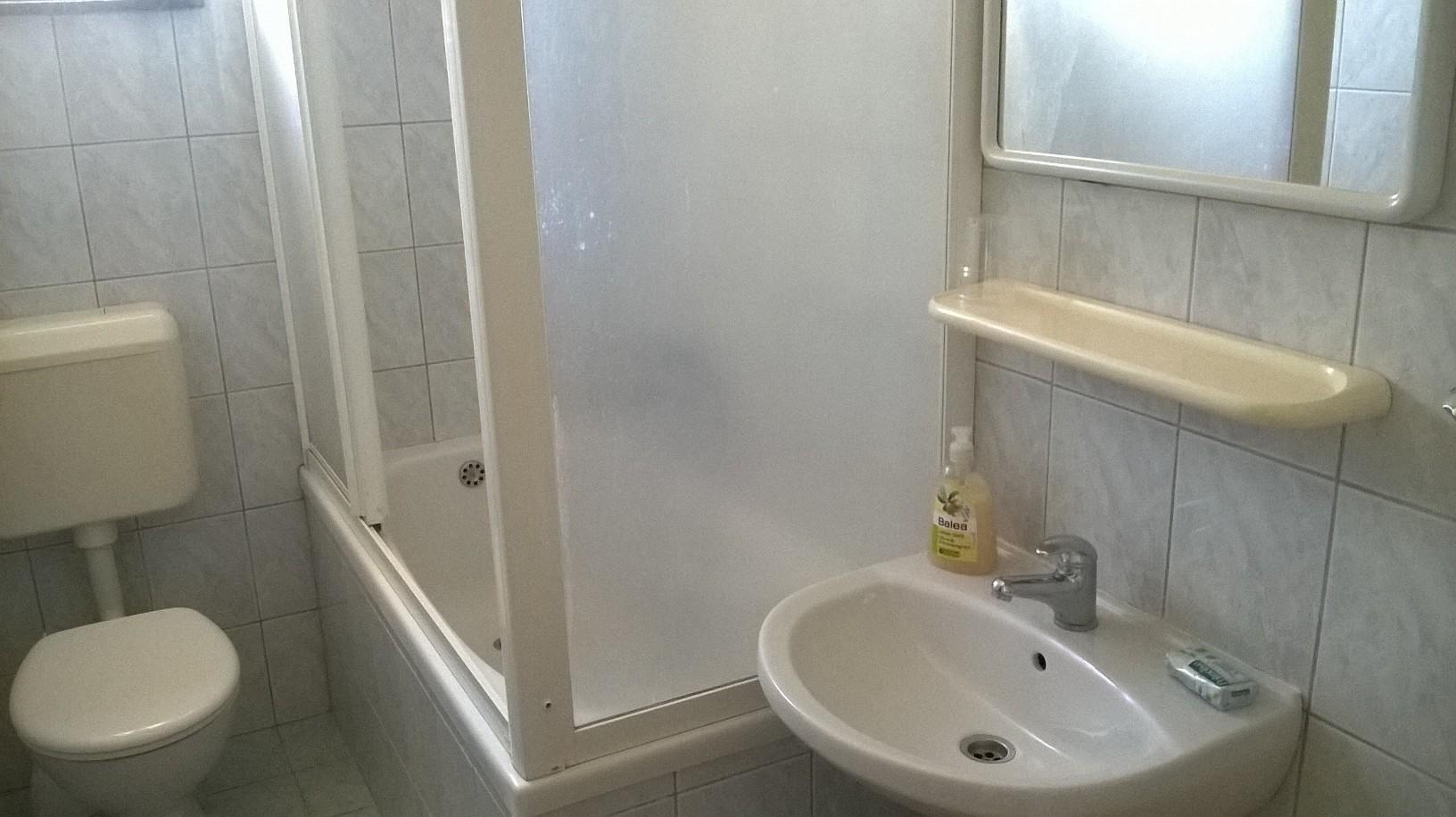 apartment bathroom punta skala petrcane zadar holiday rent