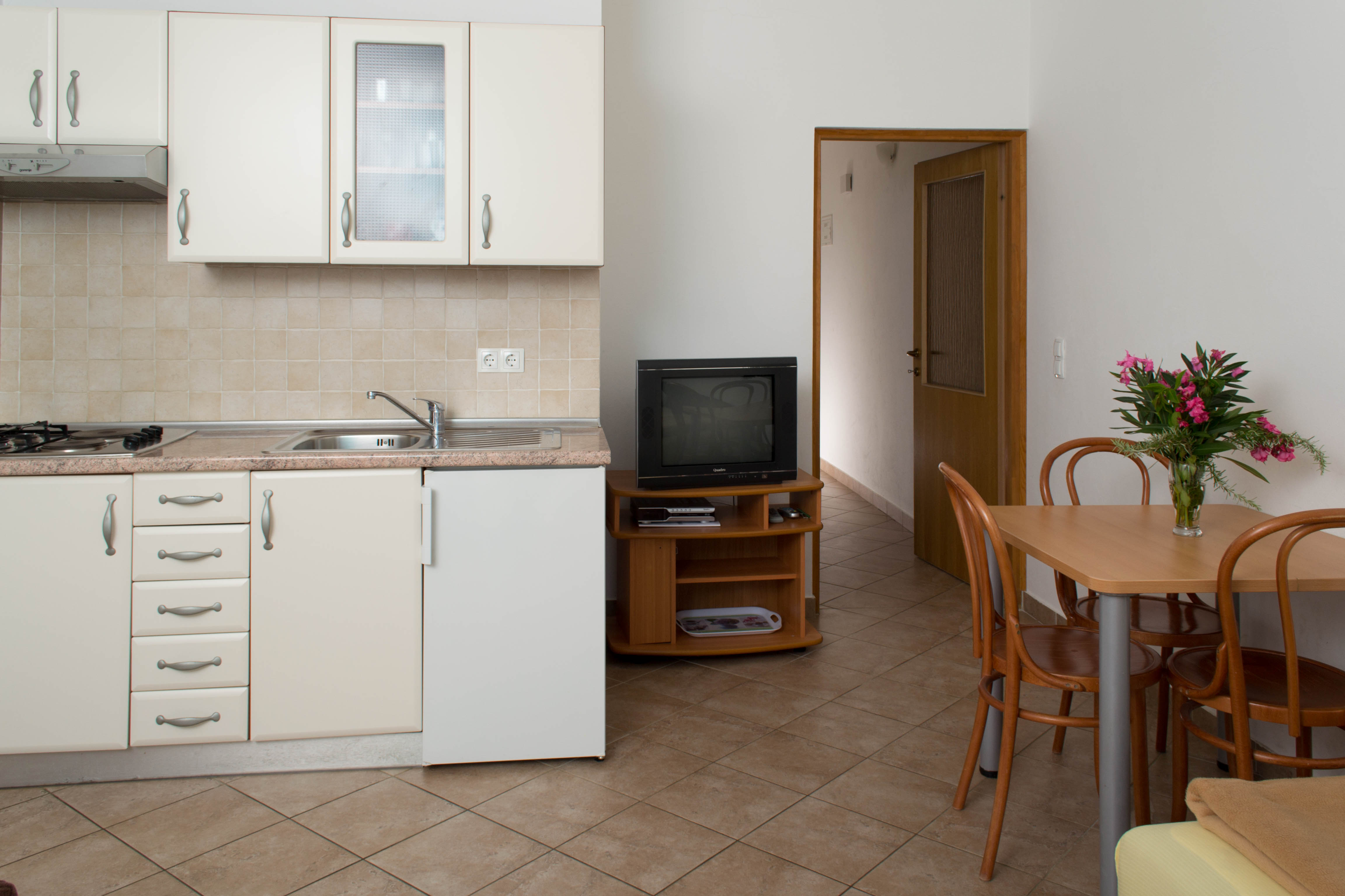 apartment kitchen punta skala petrcane zadar holiday rent